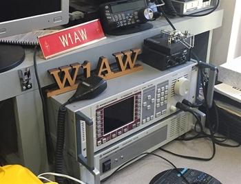 W1AW4.jpg