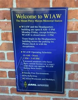 W1AW_Sign.jpg